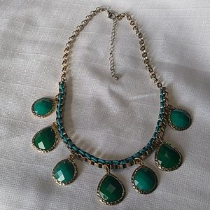Gold Tone Green Tear Drop Cabochon Necklace